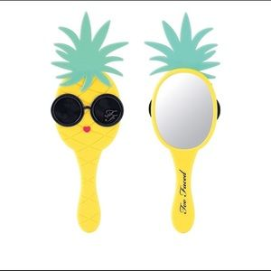Too faced pineapple mirror
